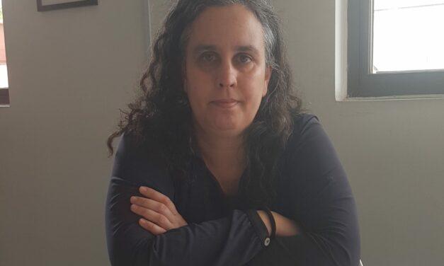 """Francisca Skoknic, directora de Periodismo UDP: """"Todas las armas son válidas en esta pelea"""" contra la desinformación"""